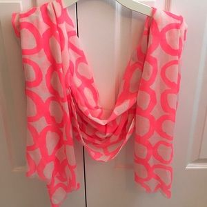 Vince's Camino Scarf NWOT